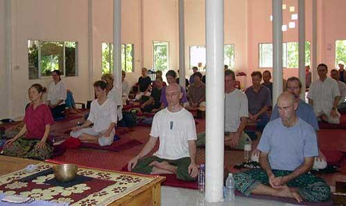 Wat Kow Tahm - SittingMeditation