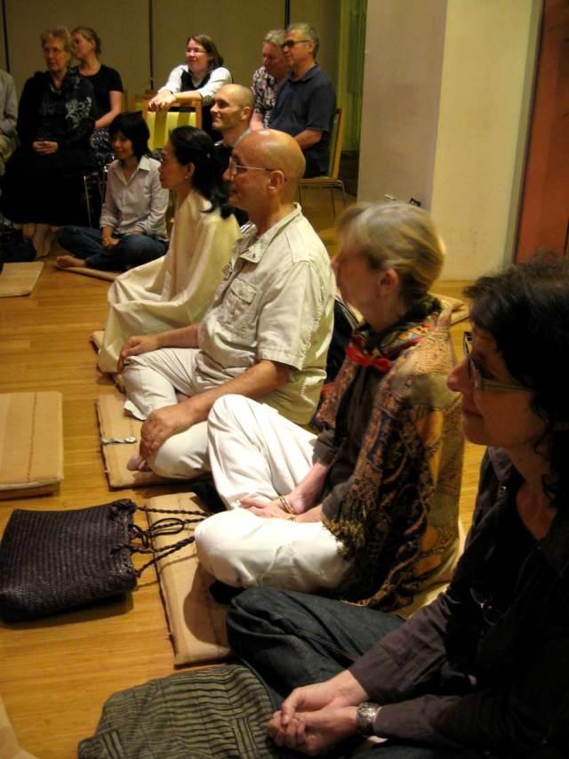 bangkok-meditation