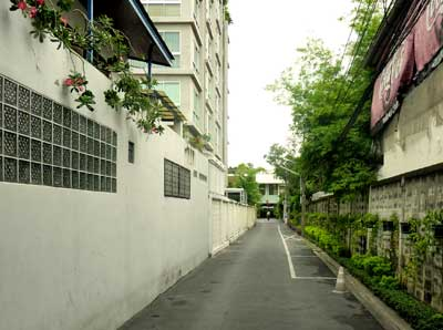 Passageway to the Pharm. As. Thailand